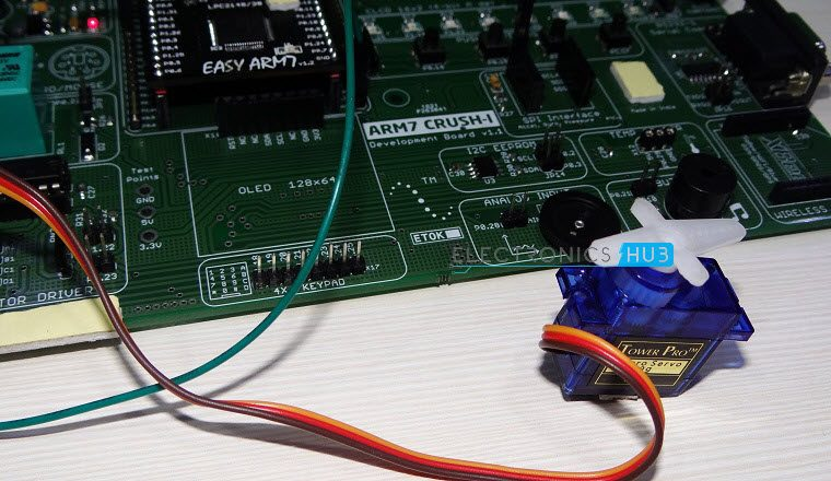 Interfacing a Servo Motor with ARM7 LPC2148-5