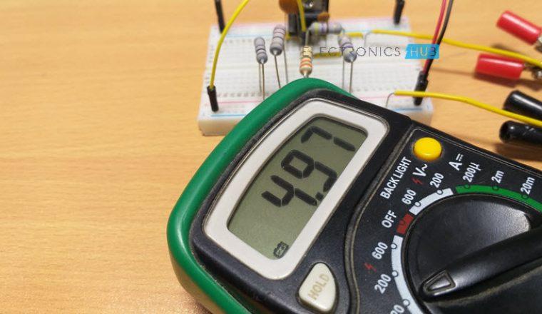 Fuente de alimentación de voltaje variable del regulador de voltaje fijo Imagen 1