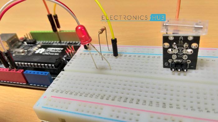 Interfacing Knock Sensor with Arduino Image 1